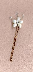 Pearl flower hair pin with tendrils