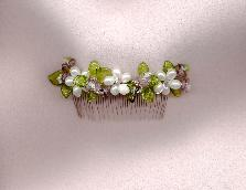 Comb with Freshwater Pearls and glass leaves